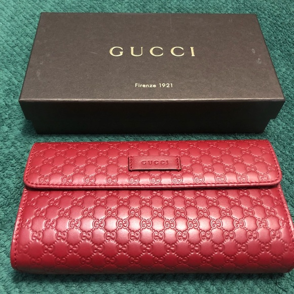 579157beae0a Gucci Bags | Sold Wallet | Poshmark